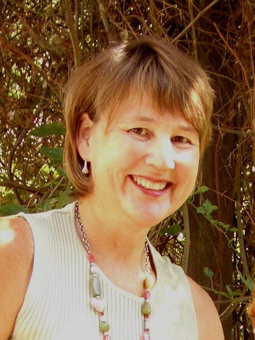 Pamela J Hinds