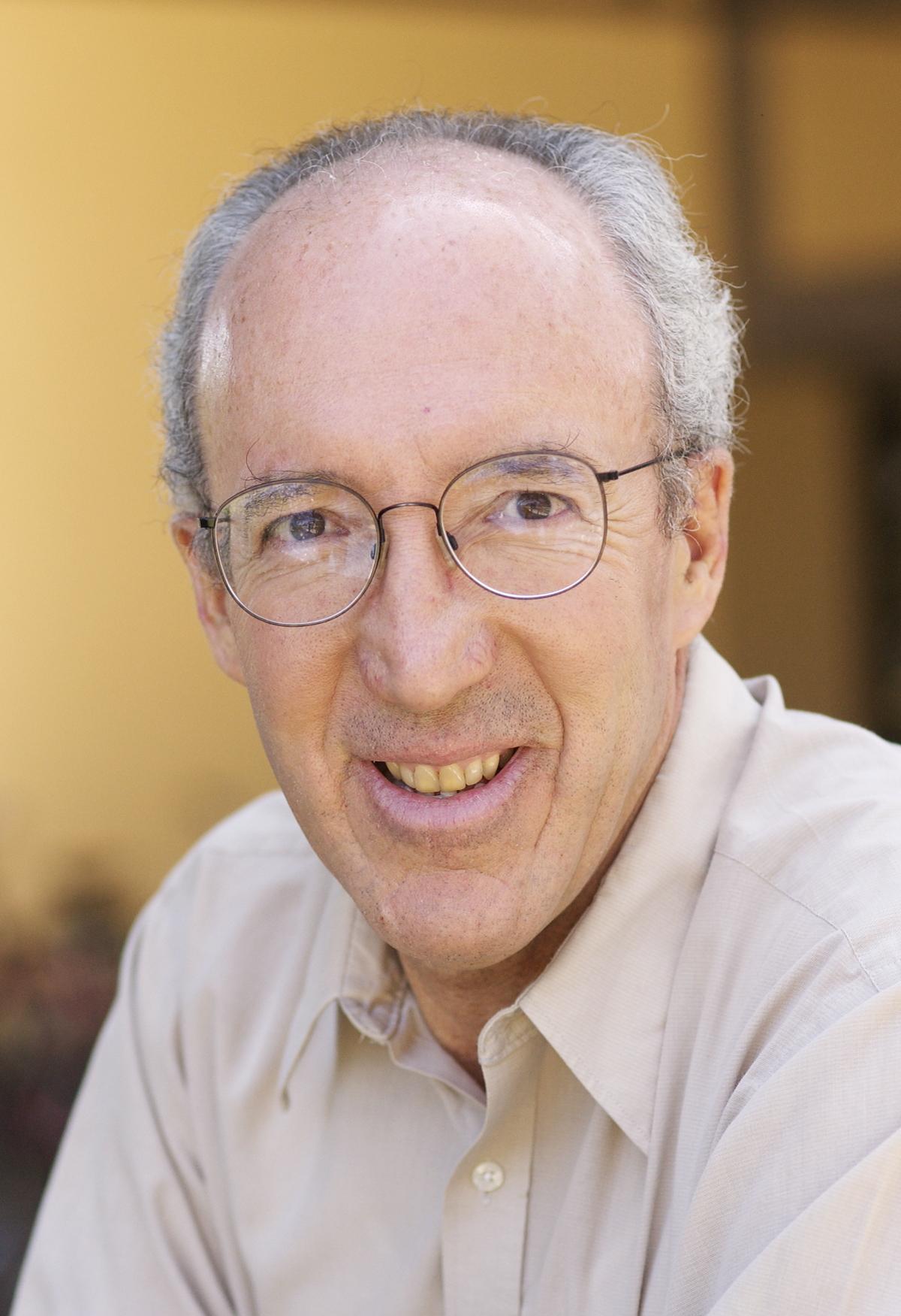 Raymond E Levitt