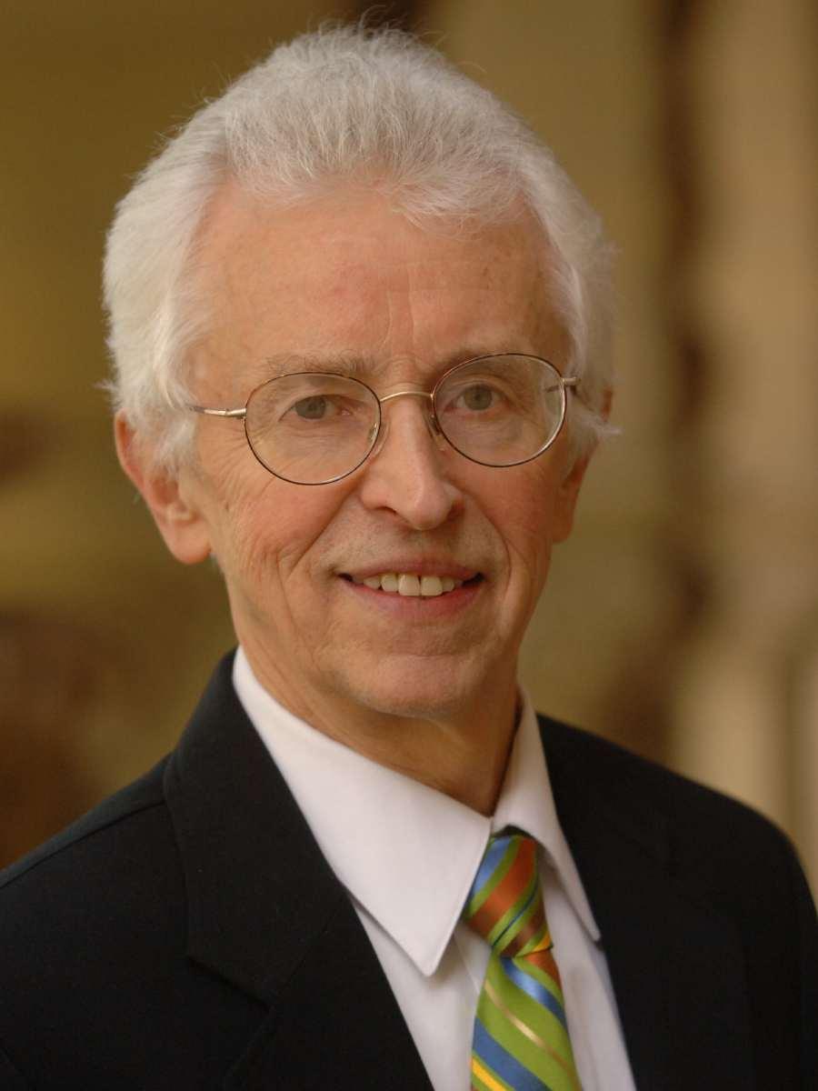 Siegfried S Hecker